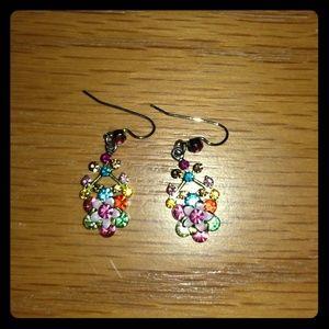 Jewelry - Small dainty dangle earrings